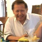 Dr Handrawan Nadesul   Corona